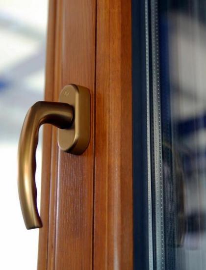 嘉兴铝木门窗